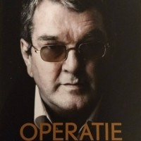 Review OPERATIE LAAT NIETS IN LEVEN